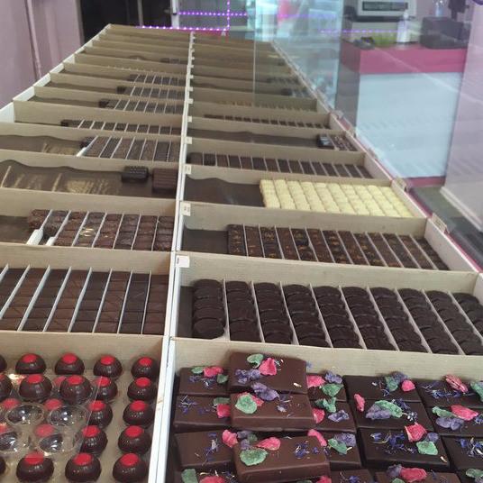 ballotins d'assortiments de chocolats - ballotins - LA CHOCOLATERIE DE SUCY - Voir en grand