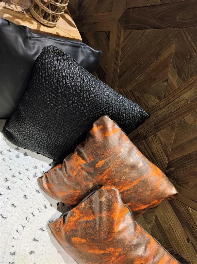 Housse Abstrait Orange - Noir smocké Détails.jpeg - Voir en grand