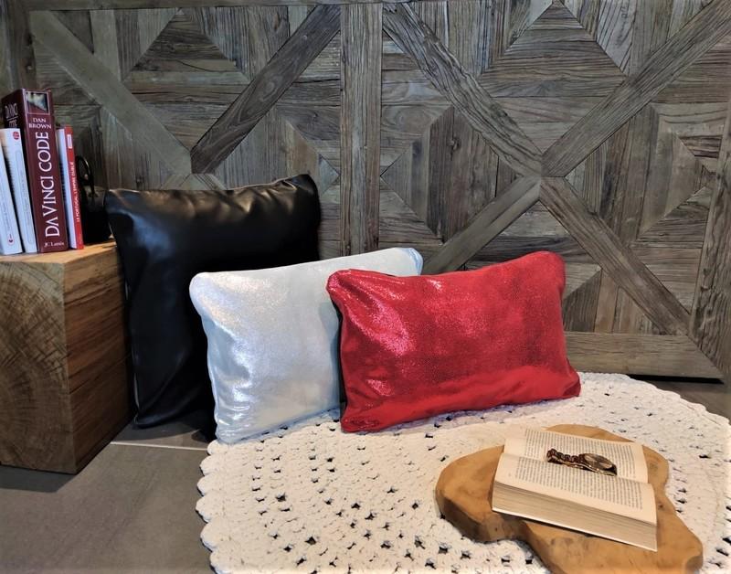 Housse de coussin - Rouge Pailleté - Argenté - noir Lisse - Housse de coussin - EUREKA - Voir en grand